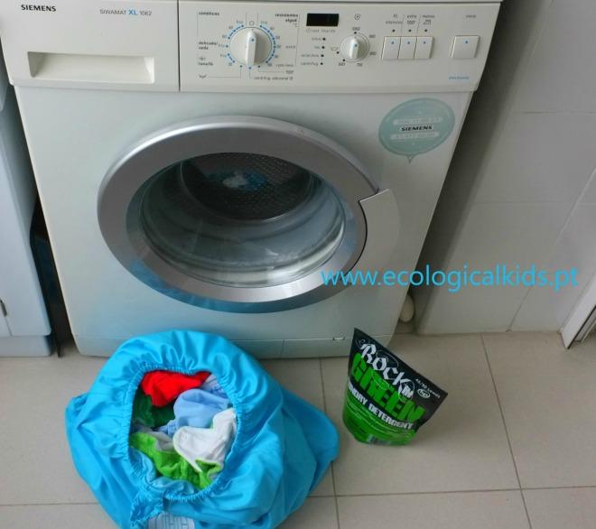 lavagem de fraldas reutilizaveis